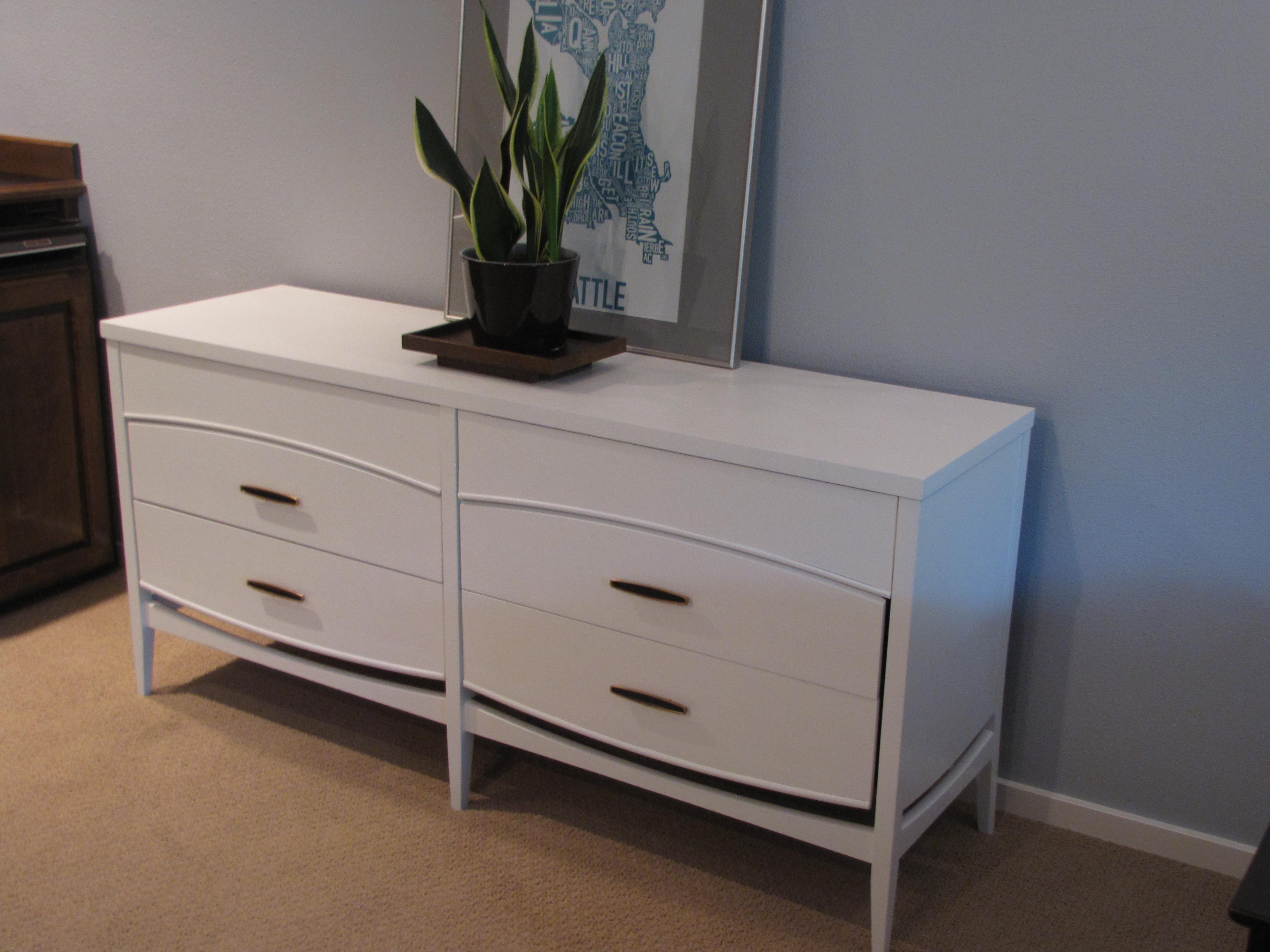 Superb SOLD U2013 White Mid Century Dresser